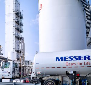 Messer gas transport truck